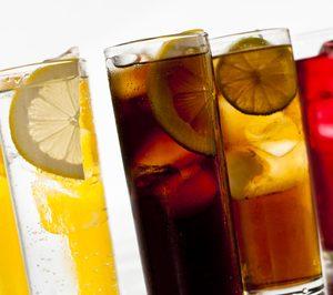 Los refrescos dan un giro hacia lo saludable y premium