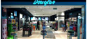 Douglas inicia hoy el cierre de 53 tiendas tras un acuerdo con sus trabajadores