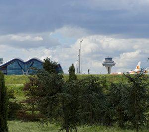La carga aérea desciende en los aeropuertos de Zaragoza y Vitoria