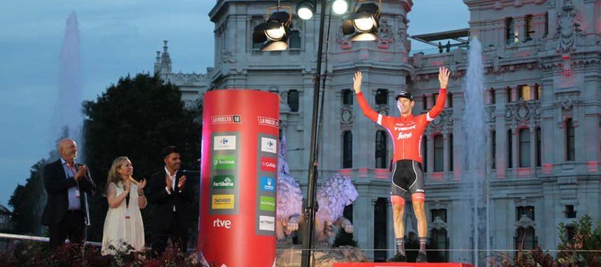 Bauke Mollema, ganador del premio de la combatividad Feníe Energía en La Vuelta