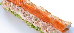 Ahumados Domínguez presenta un bocadillo especial para su The Salmon Corner