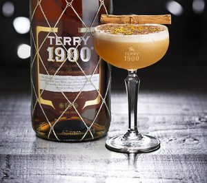 Grupo Emperador renueva Terry 1900 y potencia la coctelería