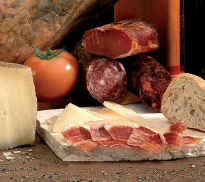 Juna Luna acelera su crecimiento apoyándose en el negocio del queso