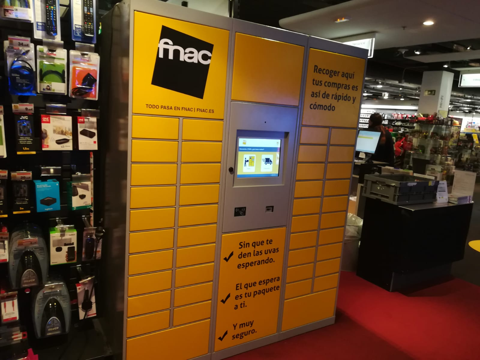 Fnac integra una tienda de Microsoft Retail Reimagined
