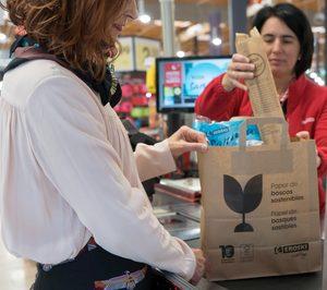 Eroski se suma a las bolsas de papel como alternativa a las de plástico de un solo uso