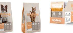 Amazon apuesta por la comida para mascotas con una marca propia