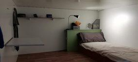 Pisos colmena con licencia de hostel para evitar a Colau