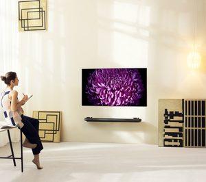 Los fabricantes de televisores buscan la diferencia en un entorno competitivo