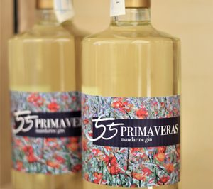 55 primaveras, nueva ginebra con mandarinas de origen valenciano