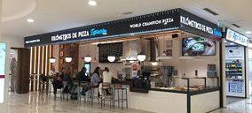 Una cadena de pizzerías amplía su oferta con un formato al corte