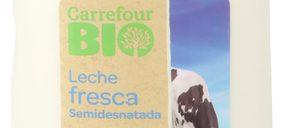 Carrefour lanza la primera leche fresca Bio con MDD