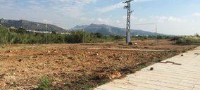 Betelgeux inicia las obras del parque público de Ador