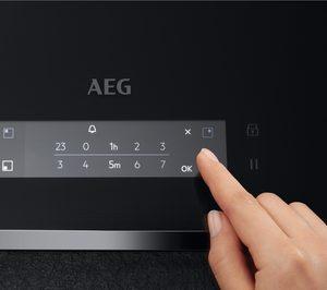 AEG presenta su nueva línea de cocción asistida
