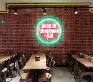 Carls Jr. abre su cuarto restaurante en la ciudad de Madrid