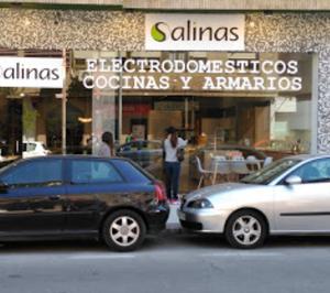 Salinas Electrodomésticos baraja dos proyectos