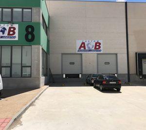 AB Custom acrecienta su negocio y traslada una delegación