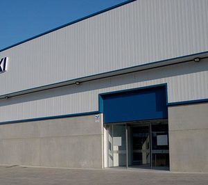 Saltoki ultima su tercer almacén en Galicia