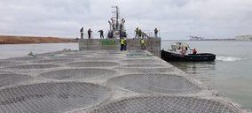 Basf participa en la fabricación de cajones flotantes en el dique Sur del Puerto Barcelona
