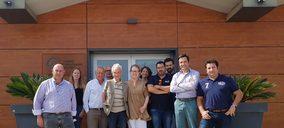 Cuatro operadores hortofrutícolas firman un acuerdo para plantar en España nectarina blanca plana de RegalIn Europe