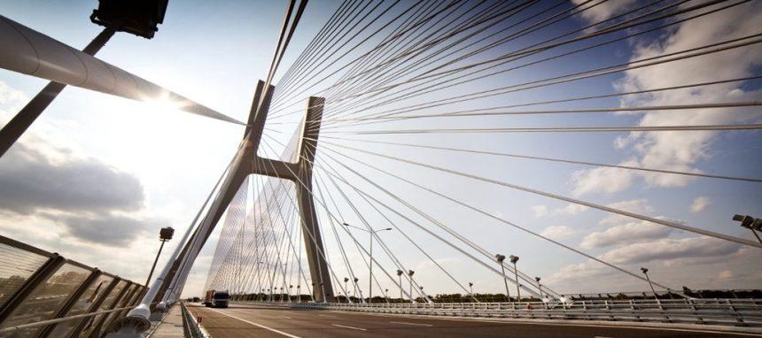 Acciona presenta una OPA por la constructora polaca Mostostal Warszawa