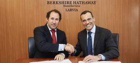 Berkshire Hathaway se alía con Larvia para entrar en el mercado español