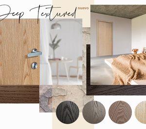 Vicaima presenta el acabado para puertas de madera Deep Textured