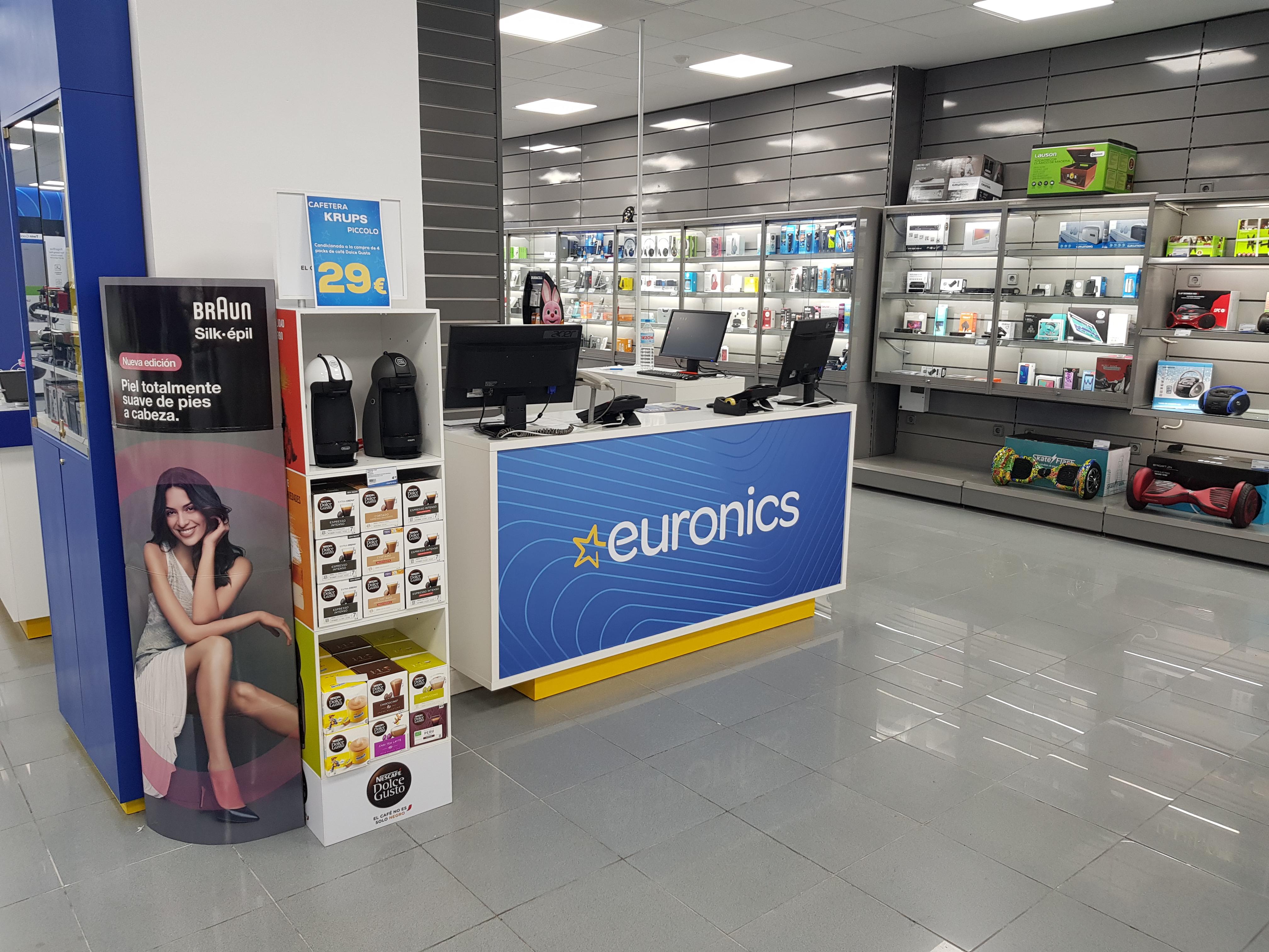 Divelsa reabre como 'Euronics' un antiguo 'Tien21' en Valencia
