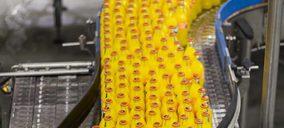 Coca-Cola aumenta la producción en varias plantas