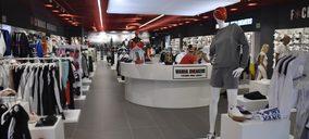 'Wanna Sneakers' reconvierte uno de sus establecimientos en su espacio de mayor tamaño
