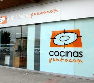 Cocinas.com reorganiza red