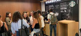 Selecta lleva a la Universidad de Navarra el concepto premium de autoservicio 'Starbucks on the go'