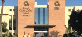 Pájara retira la orden de cierre de los hoteles de la cadena SBH en Costa Calma