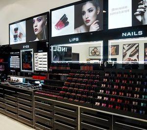 'Inglot' focaliza su crecimiento en el córner shop