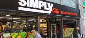 Auchan comienza el traspaso de los supermercados Simply adquiridos por Uvesco