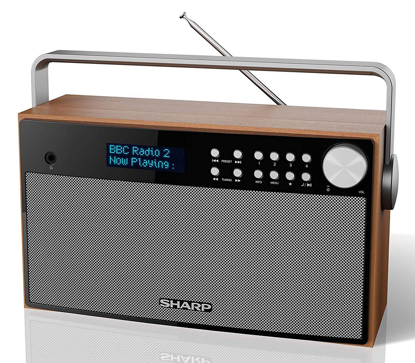 MCR distribuye en exclusiva en España el audio de 'Sharp'