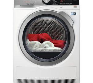 AEG lanza la secadora 9000 con tecnología FiberPro con 3DScan