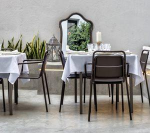 Maxchief presenta sus novedades en mobiliario plegable