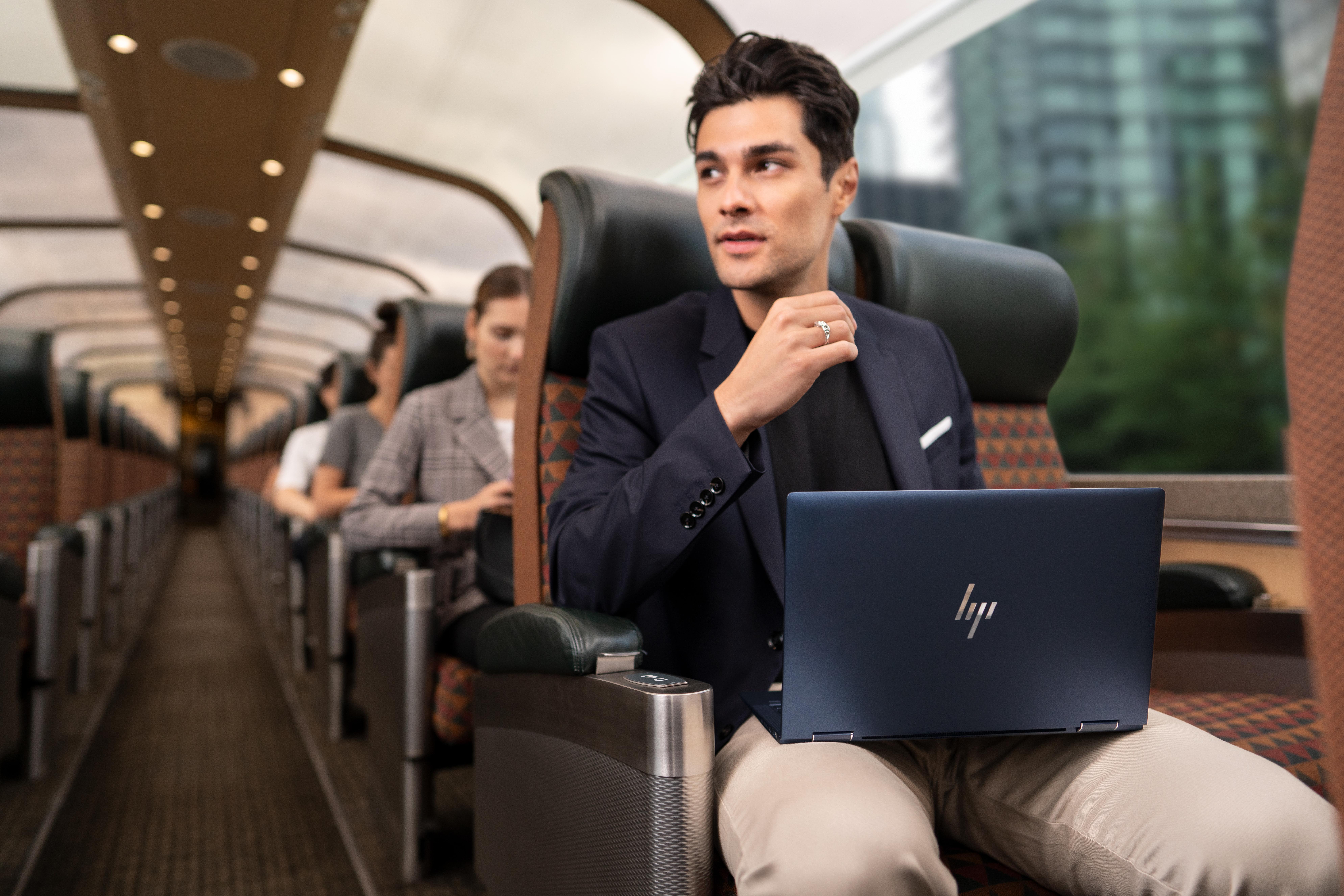 'Elite Dragonfly', la apuesta sostenible de HP en portátiles