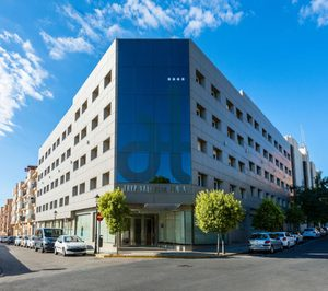 Port Hotels prosigue su ofensiva en Valencia