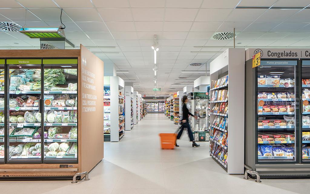 Consum estrena un nuevo modelo de tienda en Benicàssim