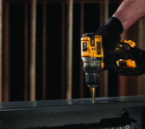 Dewalt lanza nueva gama de taladros y atornilladores sin escobillas