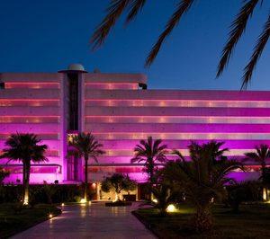 Un inversor británico compra El Hotel Pachá