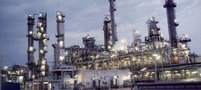 Fallecen tres personas en la explosión de la planta de Iqoxe en Tarragona