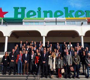 Heineken reduce un 30% el peso de sus envases en los últimos 20 años