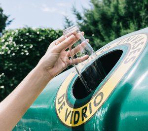 La recogida selectiva de envases de vidrio crece un 30% en el último lustro