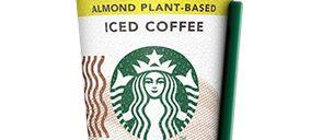 Starbucks suspende el servicio de bebidas en envases reutilizables