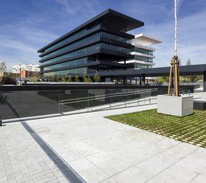 ACO instala sus canales de drenaje en el complejo madrileño de oficinas Helios