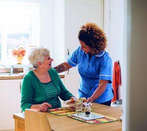Residencia El Arenal entra en el sector geriátrico