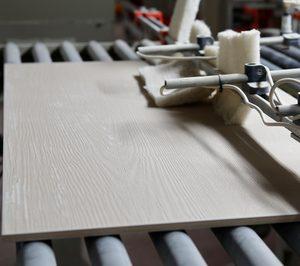 La industria azulejera pide más tiempo para parar sus hornos