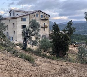 El nuevo hotel de lujo de Monroyo retrasa su apertura